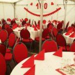 Festzelt Innenansicht 100 Jahr Geburtstagsfeier in Gleidingen