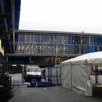 Festzelt aufgestellt an der Wahren Liebe in Braunschweig Stadion von Eintracht Braunschweig