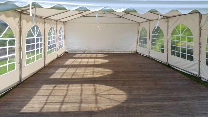 Partyzelt 5x8m mit Holz Fußboden in Wolfsburg