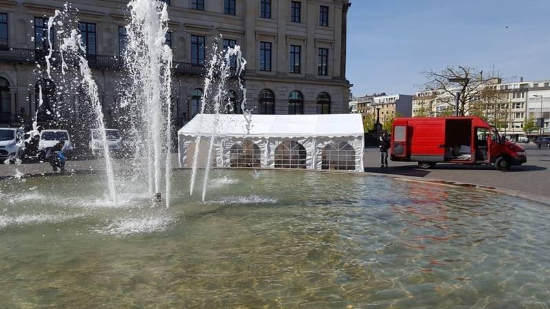 Partyzelt 5x8m Schlossplatz Ritterbrunnen Braunschweig