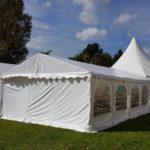 Hochzeit in Waggum wenn Sie wünschen stellen wir Ihnen auch so eine Zeltlandschaft zusammen bei Mutz Zeltverleih