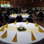 Festsaal Vechelde-Wierthe Bankettstühle Schwarz Banketttische